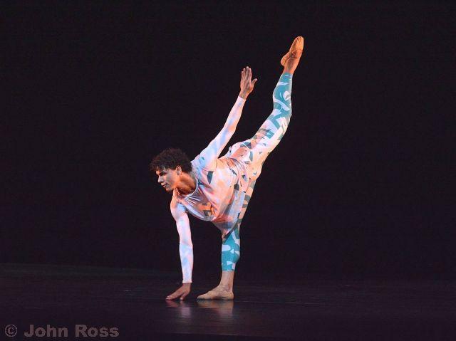 Acosta+Danza+-+Debut_045.jpg.small.jpg